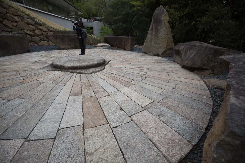 円形石舞台