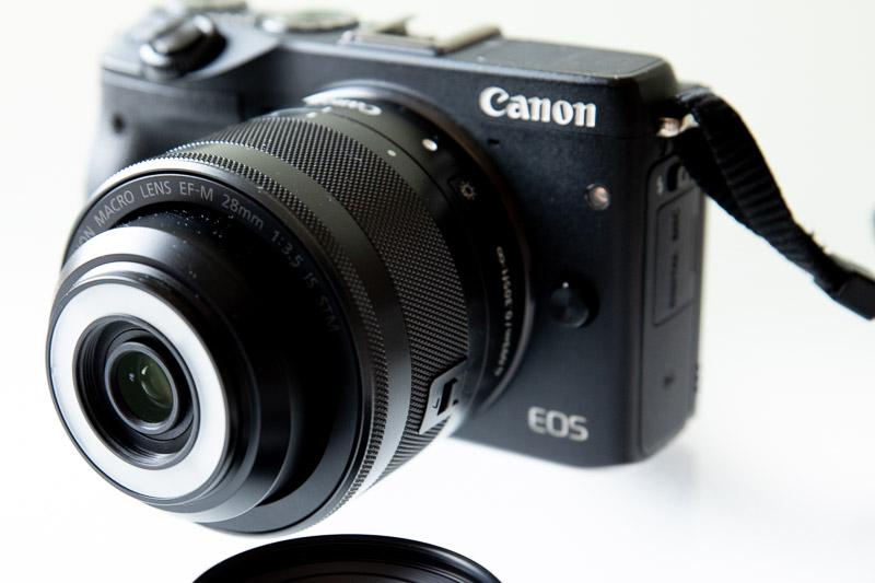 CANON EF-M Macro 28mmレンズ