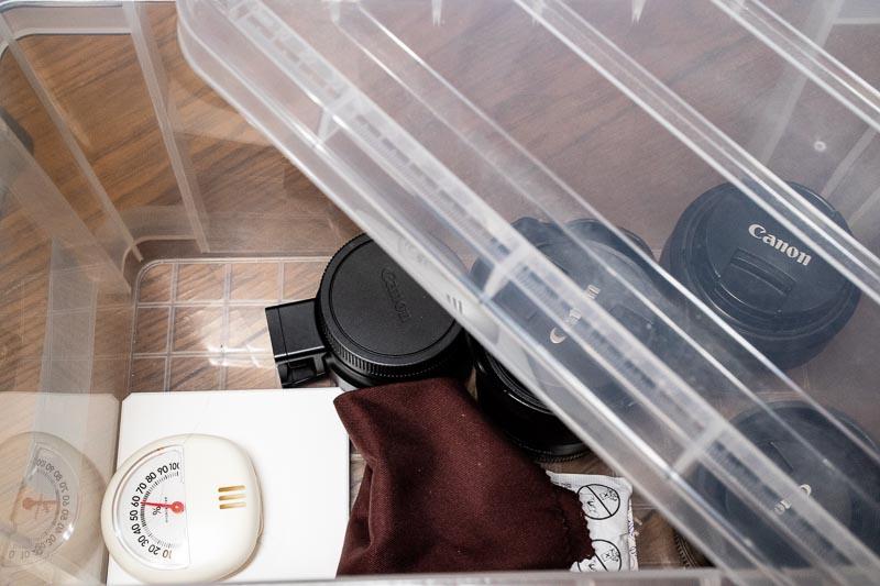プラスチックボックス 乾燥剤