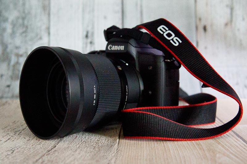 EOS Kiss M2 シグマ 56mm F1.4 DC DNレンズ